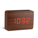 Gingko - Click Clock Brick, walnuss / LED rot