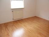 Schicke, kleine Wohnung für 1 Person mit Einbauküche, Parkett, Stellpl. Bahn: 10 Gehminuten. 683058