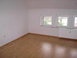 Schöne 4 Zimmer Wohnung mit Balkon 7147