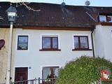 Reihenmittelhaus mit Balkon und Garten in zentraler Lage von Wilhelmsdorf 695590