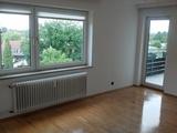 Etagenwohnung, 3 Zimmer, 74m², hochw. Küche, Stellplatz, courtagefrei 578338