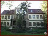 Barockschloss mit grossem naturbelassenen Park, renovierungsbedürftig 676026