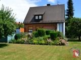 Gepflegtes Einfamilienhaus mit Garage und großem Garten 698749