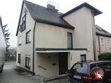 Interessantes Wohn- und Geschäftshaus mit vermieteter Halle in Lehrberg  694116