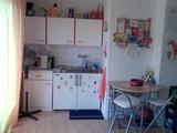 Helles Zimmer im Grünen 3853