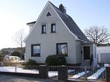 ADEL IMMOBILIEN - Hübsches Einfamilienhaus mit großem Garten 355570