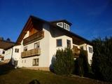 Sonnige 4-Zimmer-Wohnung mit Ausblick und Balkon zu vermieten 665491