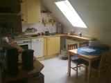 ruhige 2-Zimmer Dachgeschosswohnung 86923