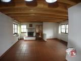 Helle, geräumige 3 Zimmer-Wohnung mit 2 Bäder, Einbauküche in Aurach OT 698190
