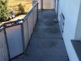 Sonnige preiswerte schöne 4-R-Wohnung im 3.OG mit großen Südbalkon Balkon zu vermieten ! 676491