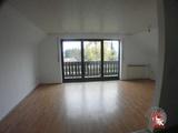 3 Zimmer-Wohnung mit Einbauküche und Balkon  in Flachslanden 690680