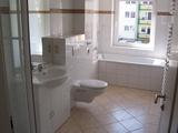 Nachmieter gesucht ! schöne helle 4-R.-Whg, ca. 104m²,im EG Bad mit Wanne sowie BLK zu vermieten ! 676670