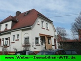 Schnuckelige DHH, 1913 errichtet, 1996 liebevoll kernsaniert, toller Sonnengarten 76223