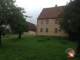Herrliches Grundstück mit ehemaligem sanierungsbedürftigem ehemaligem Bauernhof 687931