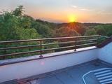 sehr helle Wohnung +++ riesiges Fenster +++ grosser Balkon +++ Blick auf Hafen und Fredenbaumpark 117170