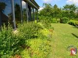 Komplett saniert! 3,5 ZW mit Wintergarten, großem eigenen Garten, Doppelgarage, Nebengebäude uvm ... 698125