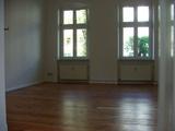 Schöne Dachgeschosswohnung in schicker Wohngegend 36468