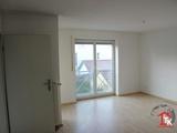Wunderschöne 3 Zimmer Wohnung - zentral gelegen in Ingolstadt-Ringsee zu vermieten. 692641