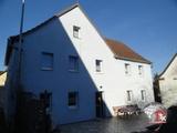 Großes Haus mit Scheune in Lehrberg OT 678367