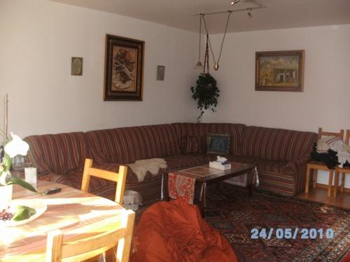 4 zimmer wohnung stadtnah und im gr nen. Black Bedroom Furniture Sets. Home Design Ideas